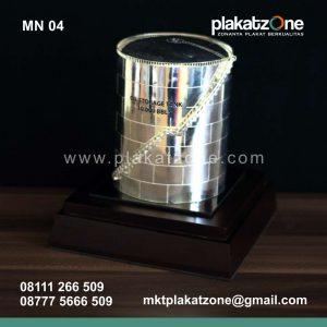 souvenir miniatur kilang minyak berkualitas