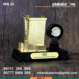 Miniatur Gedung Hotel Santika Premier Hayam Wuruk