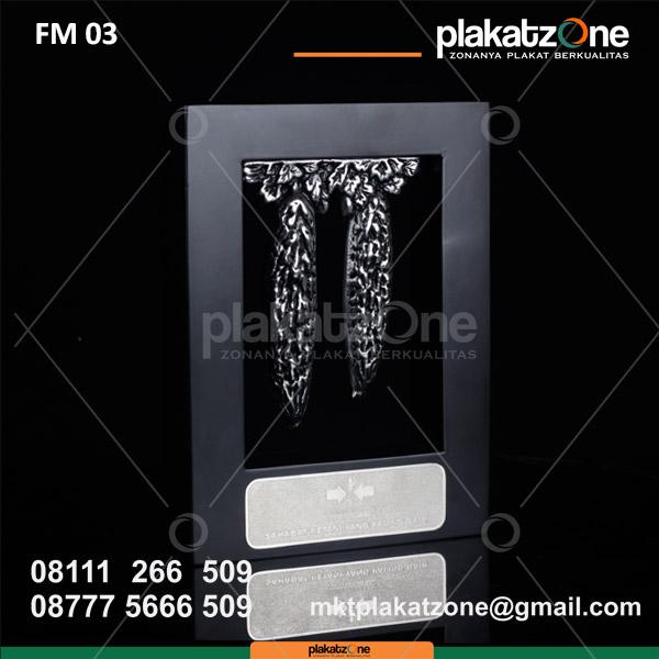 Custom Unique Gift Frame Kayu Semangat Petani